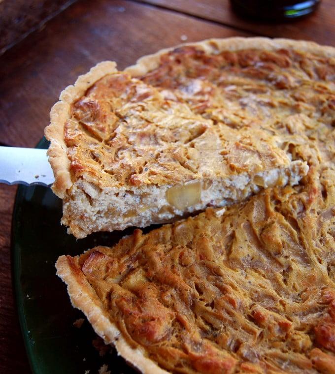 French-onion-tart-BestRecipeFinder