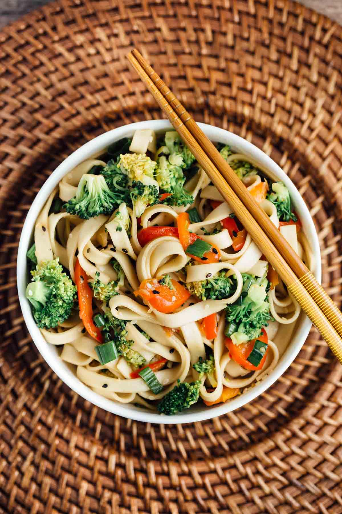Sesame_Broccoli_Noodle-Bowl-BestRecipeFinder
