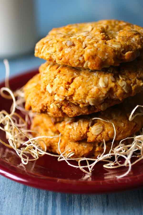 Anzac-biscuits-BestRecipeFinder