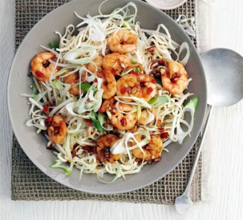 garlic-chilli-prawns-with-sesame-noodles-BestRecipeFinder